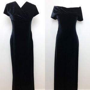 ROBBIE BEE VTG Velvet Velour Black Maxi Dress 6